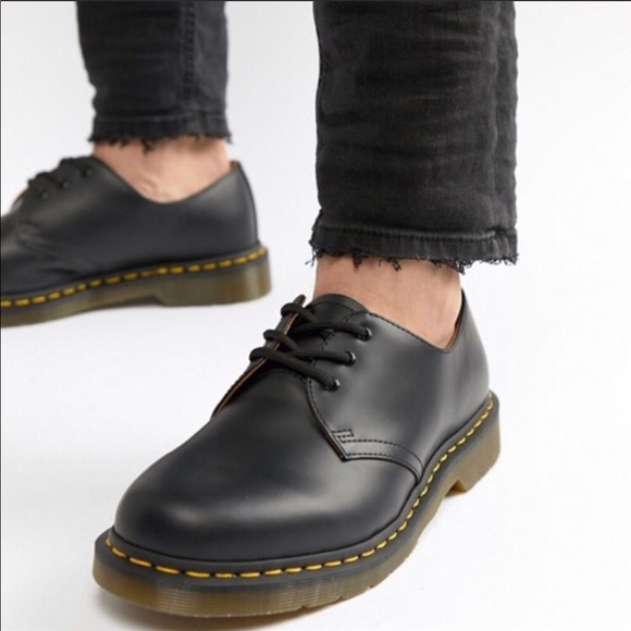 4edd5baaa00ac Dr. Martens Shoes | Doc Marten Leather Mens Lace Up Loafers | Poshmark